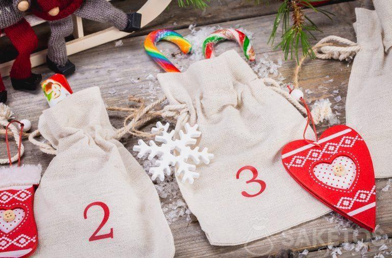 Calendario dell'Avvento fatto con sacchetti di lino