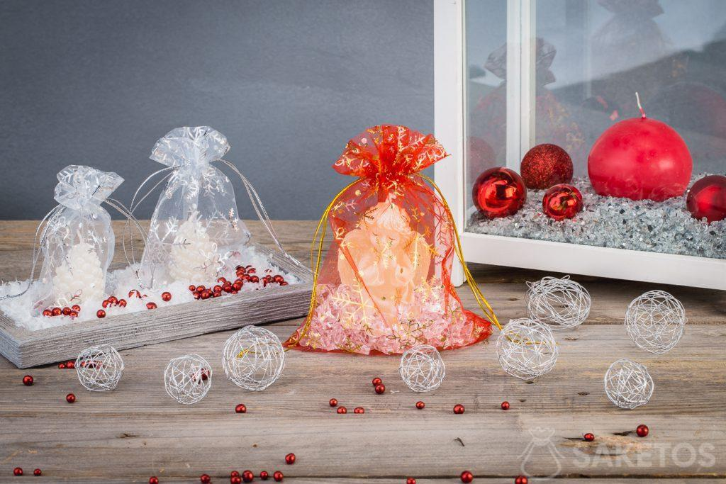 Candele natalizie in sacchetti di organza.