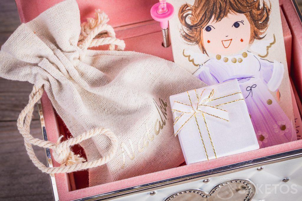 Un sacchetto per gioielli si adatta perfettamente allo stile di qualsiasi interno.