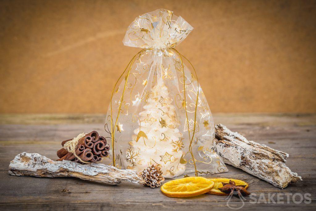 I sacchetti natalizi creano una calda atmosfera