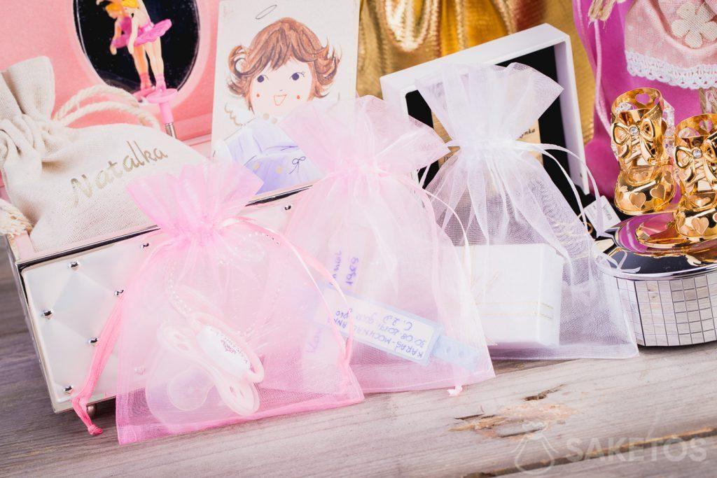 Un sacchetto in organza è ideale per conservare i piccoli oggetti dei bambini