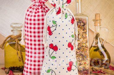 Sacchetti di lino con stampa per decorare la cucina