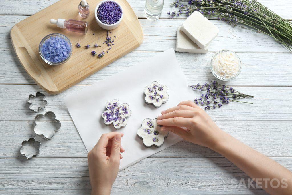Decorazione di un sapone fatto in casa