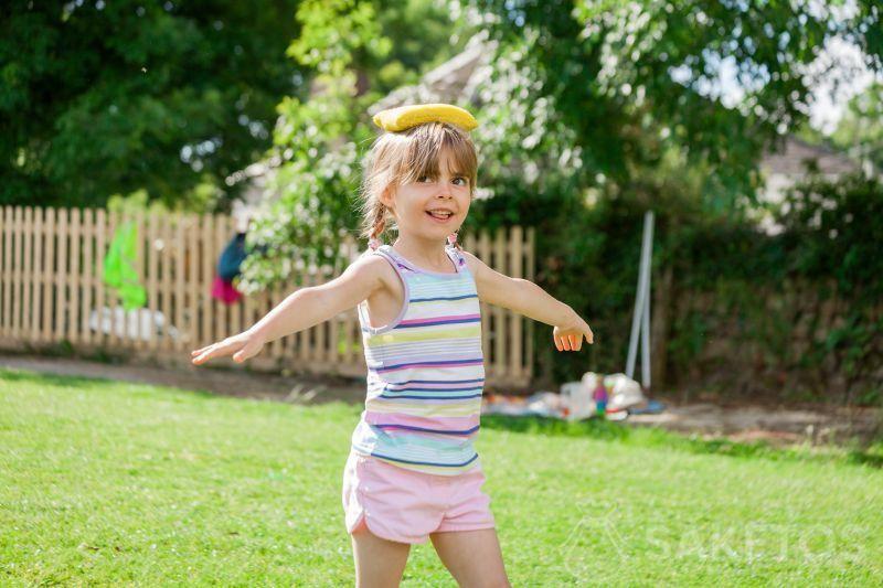 Sacchetti da ginnastica: esercizio di equilibrio