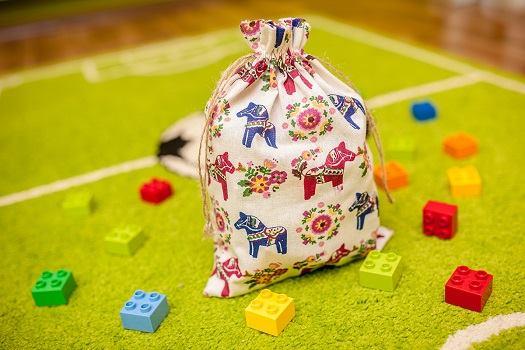 7.Sacchetto decorativo per la cameretta dei bambini per riporre mattoncini Lego Duplo